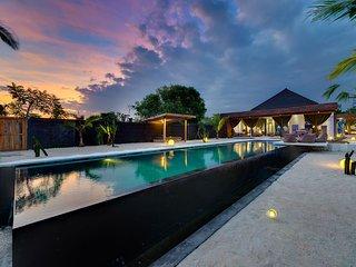 Stunning 1 bedroom villa on the waterfront - Nusa Lembongan vacation rentals