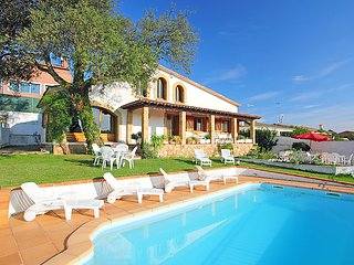 4 bedroom Villa in Tordera, Costa Brava, Spain : ref 2161442 - Tordera vacation rentals