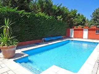 3 bedroom Villa in Cogolin, Cote d Azur, France : ref 2214823 - Cogolin vacation rentals