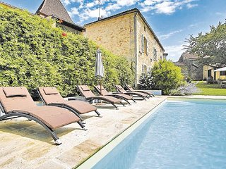 3 bedroom Villa in Puy-L Eveque, Lot, France : ref 2221016 - Puy-l Eveque vacation rentals