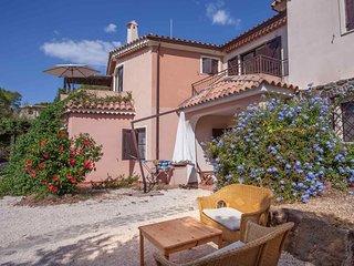 2 bedroom Apartment with Television in Posada - Posada vacation rentals