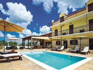5 bedroom Villa in Sibenik-Unesic, Sibenik, Croatia : ref 2276658 - Dalmatia vacation rentals