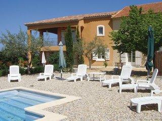 4 bedroom Villa in Visan, Vaucluse, France : ref 2279123 - Visan vacation rentals