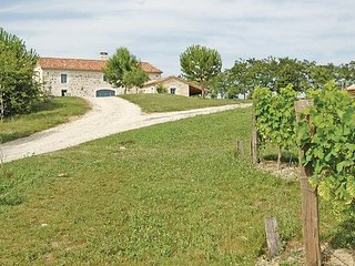 4 bedroom Villa in Moncrabeau, Lot Et Garonne, France : ref 2279169 - Moncrabeau vacation rentals