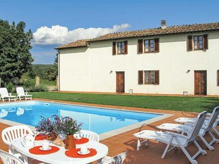 7 bedroom Villa in Monticiano, Siena And Surroundings, Italy : ref 2279958 - Monticiano vacation rentals