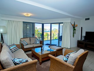 Beachfront Luxury Escape - 1 minute to the ocean - 1 Bedroom - Seventeen Seventy vacation rentals