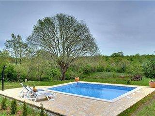 4 bedroom Villa in Grzini, Istria, Croatia : ref 2301016 - Foli vacation rentals