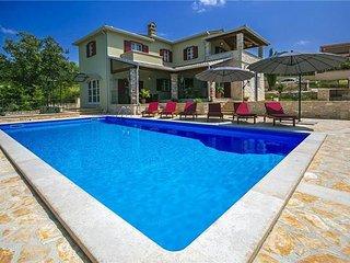 4 bedroom Villa in Montizana, Istria, Montizana, Croatia : ref 2373120 - Zbandaj vacation rentals