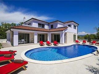 4 bedroom Villa in Belavici, Istria, Belavici, Croatia : ref 2374870 - Bratulici vacation rentals