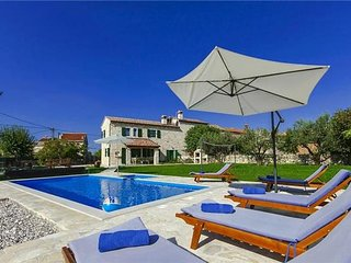 4 bedroom Villa in Barat, Istria, Croatia : ref 2375068 - Barat vacation rentals