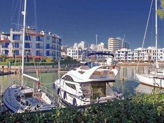 Bright Misano Adriatico Condo rental with Television - Misano Adriatico vacation rentals