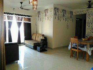 3 Bedroom Serviced Apartment in Goregaon West - Kandivali vacation rentals