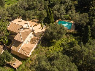 TITANIA-A luxurious and spacious residence in IL GIARDINO SEGRETO DI PROSPERO - Ipsos vacation rentals