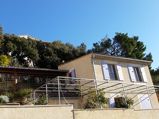 Beautiful small house on the hill with breathtaking view, terraces, garden - Seguret vacation rentals