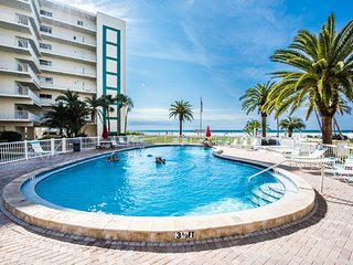 SIESTA KEY! #1 Beach! Tranquil Gulf-side 2 Bed/2 Bath in Jamaica Royale  #104 - Siesta Key vacation rentals