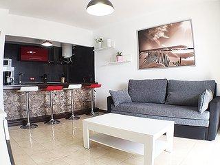 Apartment Preciosa nur 250m von Playa Grande - Puerto Del Carmen vacation rentals
