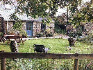 Charmante maison bretonne dans le Finistère - Plonevez-du-Faou vacation rentals