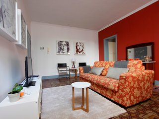 F18\HLUK Perfect location and 2 terraces cosy flat - Catania vacation rentals