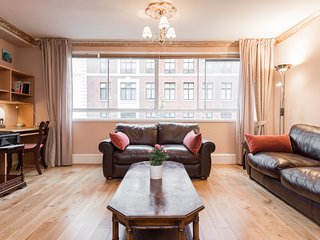 2 Min to Oxford Circus 2 Bedroom Apartment - London vacation rentals
