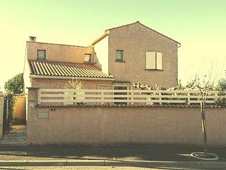 VILLA D'EAUMY 140 m2 au calme à 12 kms de la MER - Nissan-lez-Enserune vacation rentals