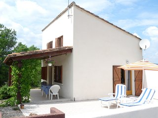 Le Pigeonnaire, independent house with heated pool in rural setting - Salasc vacation rentals