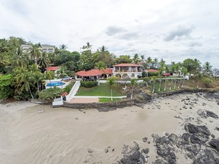 Casa de la Playa: 7 bedroom beachfront house in Flamingo - Playa Flamingo vacation rentals