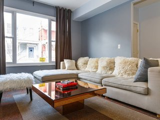 Self Catering 2 Bedroom Apt 15 minutes to Times Square - Union City vacation rentals