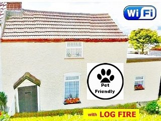 A Pet Friendly Cottage by the Sea - with Boating lake - Mablethorpe vacation rentals