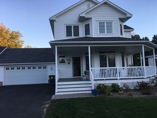 new Condo close to Route 91, Northampton and Five Colleges - Hatfield vacation rentals