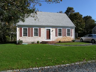 Walk To Beach - Immaculate 3 Bedroom Home - Waquoit vacation rentals