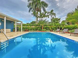 Contemporary & New 4BR Oakland Park House w/Wifi, Private Heated Pool, Spacious Deck & Grill - Great Location Near Wilton Manors & Fort Lauderdale - Beaches, Restaurants & Much More! - Oakland Park vacation rentals
