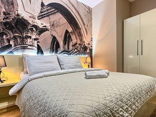 Urban Luxury Rooms****No2 - Split vacation rentals