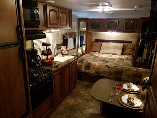 Travel Trailer Keystone Passport Ultra Lite - Houston vacation rentals