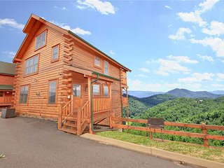 Cabin In The Clouds - Pigeon Forge vacation rentals