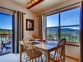 Picturesque 2BR Silverthorne Condo w/Wifi, Heated Community Pool & Hot Tub Access - Close Proximity to Ski Resorts & Breathtaking Rocky Mountain Views! - Silverthorne vacation rentals