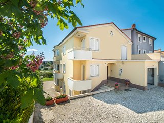 Private suites Pula 9519 3-room-suite - Pula vacation rentals
