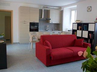 Appartamento Calle, tra lago e centro storico - Arona vacation rentals