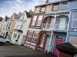 The Town House, Mumbles, a period property close to beaches & the village - Mumbles vacation rentals