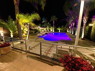 Villa Palme with Pool,  4 Bedrooms, 14 people, Alcamo Marina, Castellammare - Alcamo vacation rentals
