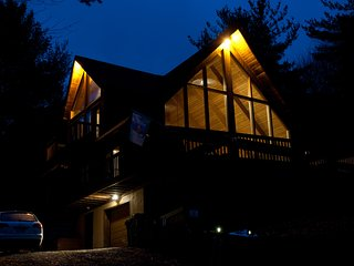 Alpine Charm Between Hunter and Windham - Jewett vacation rentals
