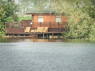 14 RAMPARTS, all ground floor, hot tub, on-site facilities, Tattershall, Ref 949341 - Tattershall vacation rentals
