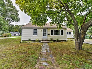 NEW! Charming 2BR Yarmouth House w/Private Deck! - Yarmouth vacation rentals