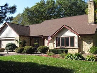 Walking distance to downtown and lake Nagawika - 20 miles to Erin Hills - Delafield vacation rentals