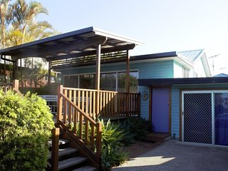 Lovely 3 bedroom Scotts Head House with Parking - Scotts Head vacation rentals