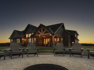 Tetonia Wilderness Lodge - Vacation Rental Dream with Hot Tub - Driggs vacation rentals