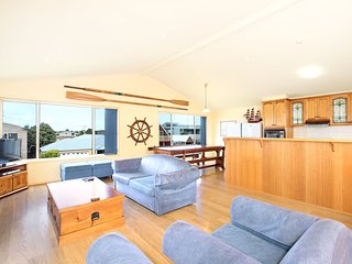 Perfect 5 bedroom Apollo Bay House with Washing Machine - Apollo Bay vacation rentals