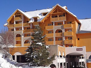 Studio in Les 2 Alpes, with wonderful mountain view, furnished balcony and WiFi - 200 m from the slopes - Vénosc vacation rentals