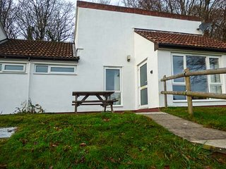 MANICOMBE 33, bungalow, on-site facilities, 3 bedrooms near Gunnislake, Ref - Callington vacation rentals