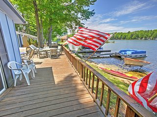 Rustic 2BR LeRoy Cottage w/Huge Private Deck, Fireplace & Stunning Water Views - Enjoy Unparalleled Direct Access to Rose Lake! - LeRoy vacation rentals