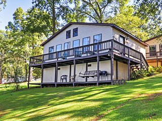 'The Surf' Lakefront 2BR Georgetown Cabin w/Private Dock. - Eufaula vacation rentals